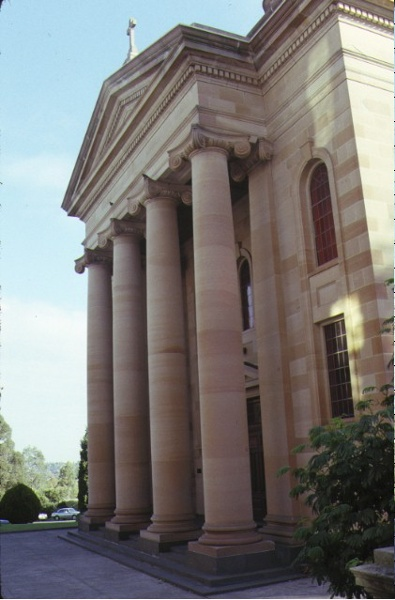xavier college kew chapel entrance