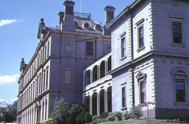 xavier college kew west wing front elevation