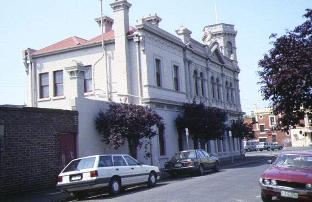 former north fitzroy post office st georges road fitzroy side view