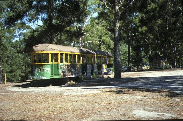 wattle park riversdale road surrey hills w2 class tram picnic shelter