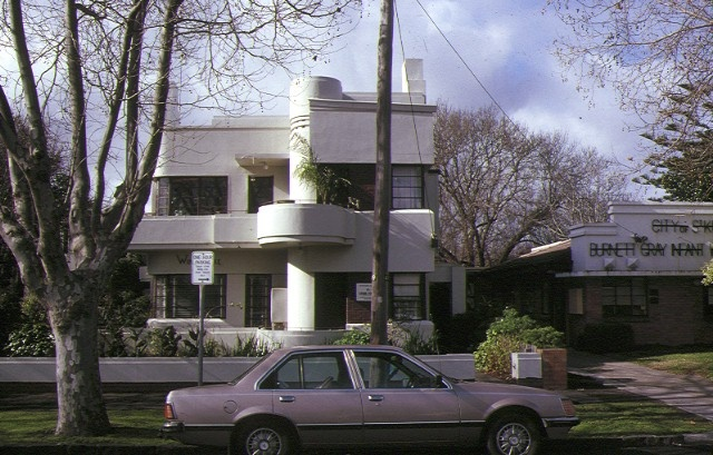1 windermere flats broadway elwood front elevation jul1989