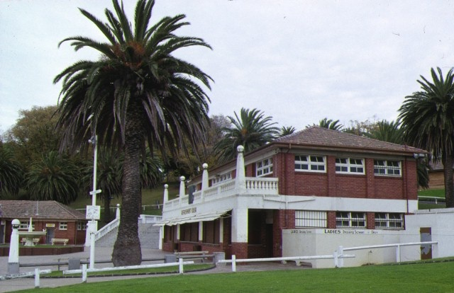 1 eastern beach bathing complex & reserve geelong cafe side view