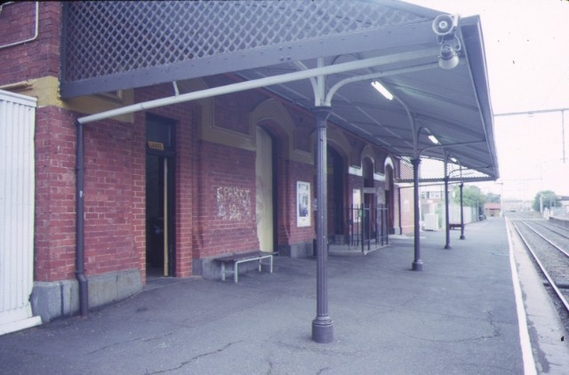 1 upfield railway line precinct parkville brunswick road brunswick platform
