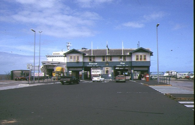 station pier approach view march 1993