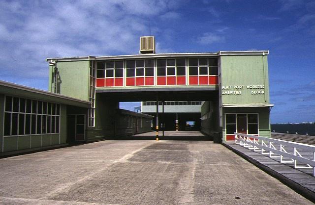 station pier port melbourne port workers amenities block