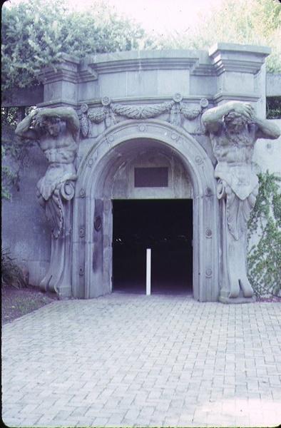 1 underground car park university of melbourne parkville walking entrance former colonial bank entrance may1989