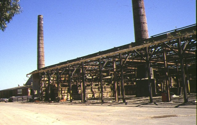 1 wunderlich terra cotta tile works demolished mitcham road vermont view of chimneys nov1993