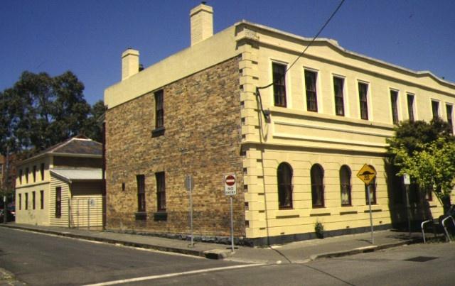 former national school bell street fitzroy front corner view dec1994