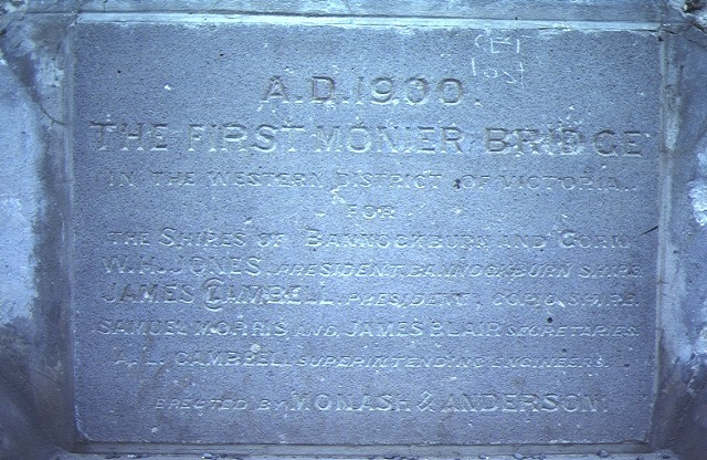 bridge over moorabool river fyansford dedication stone jul1984