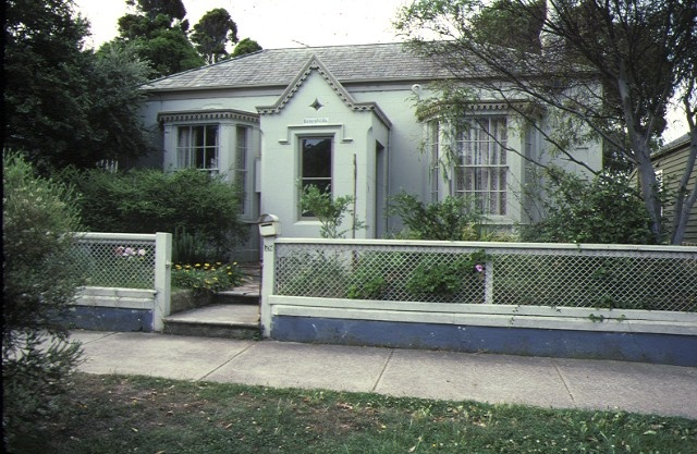 1 rosenfeld king street queenscliff front view mar1984