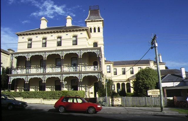 1 ozone hotel gellibrand street queenscliff front elevation sep1987