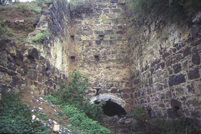 lime kiln complex limeburners point geelong east brickwork detail july 1984