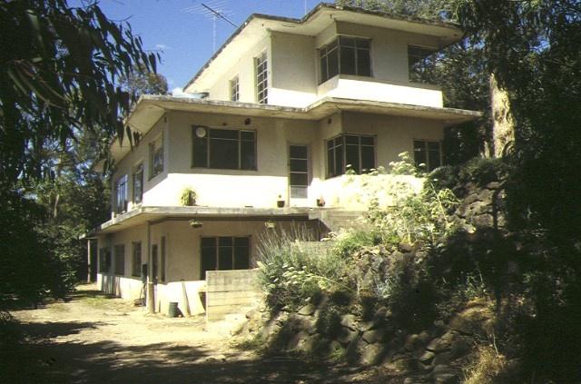 1 former naughton house & factory hutchinson avenue warrandyte side elevation