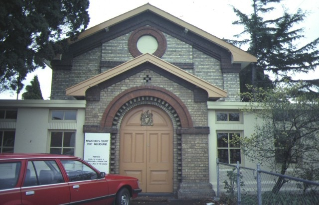 1 port melbourne courthouse policew station & lock up bay street port melbourne front view courthouse