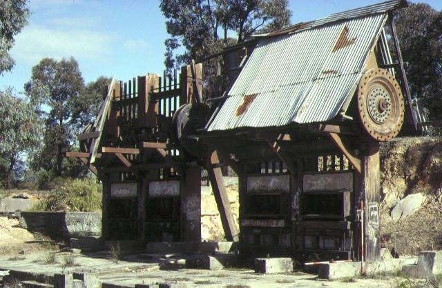 1 victoria hill mines bendigo machinery ruins