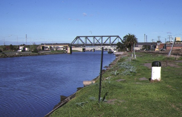 1 saltwater river crossing site & footscray wharves precinct maribyrnong river foreshore aug1988