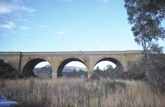 rail bridge over barkers creek harcourt side view aug1984