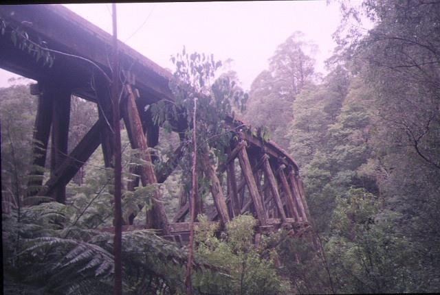 rail bridge noojee side elevation