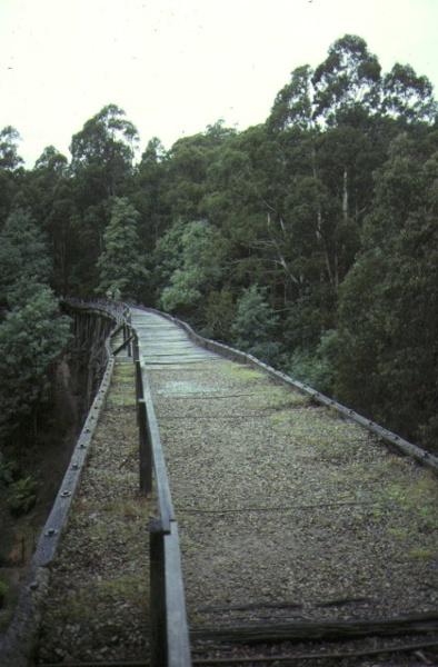 rail bridge noojee top view may1990