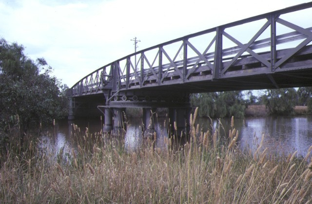 1 swing bridge over latrobe river sale side elevation feb1985