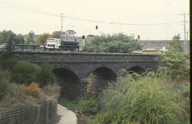 bridge newlands road coburg side view