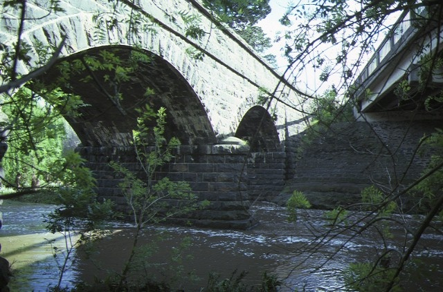 bridge newlands road coburg side elevation sep1984