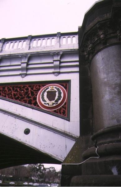 princes bridge over yarra river melbourne side detail