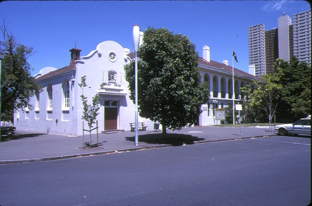 1 south melbourne court house & police station bank street south melbourne front view