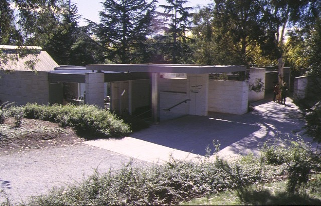 heide 7 templestowe road bulleen south elevation gallery extension may1998