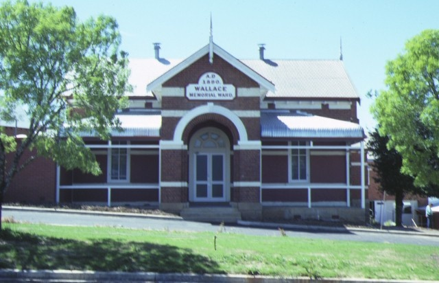 1 ovens & murray hospital for the aged warners road beechworth front view