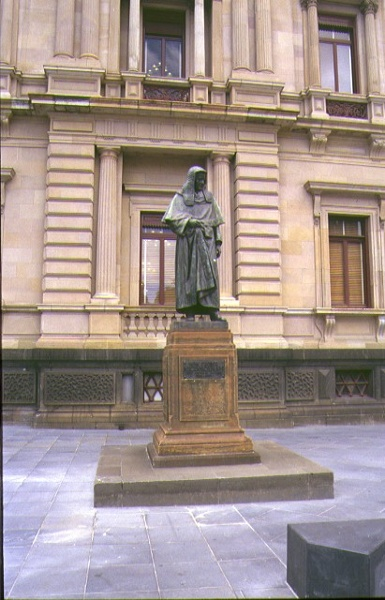 treasury reserve precinct spring street st andrews place & treasury place highbotham statue mar1999