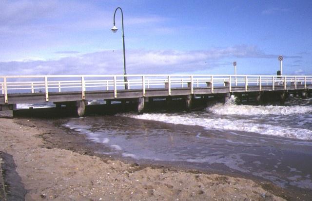 pier off kerford road albert park side view sep1992