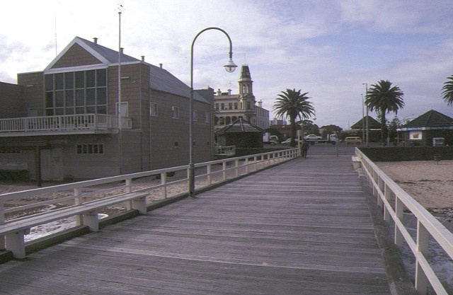 pier off kerford road albert park top view sep1992