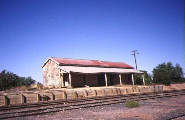 1 manangatang railway station complex wattle street manangatang rear view