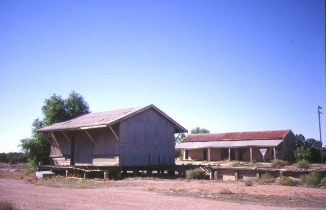 manangatang railway station complex wattle street manangatang goods shed apr1995