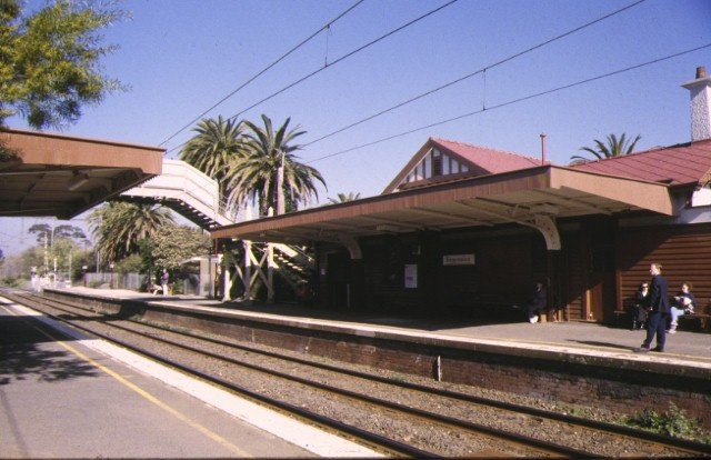 1 ripponlea railway station complex glen eira road ripponlea upside building aug1998
