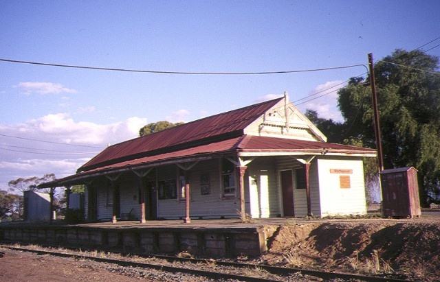 1 wycheproof railway station compelx peel street windsor track view may1984