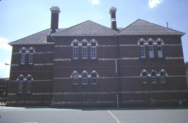 1 primary school number 2084 cremorne street richmond rear elevation nov1984