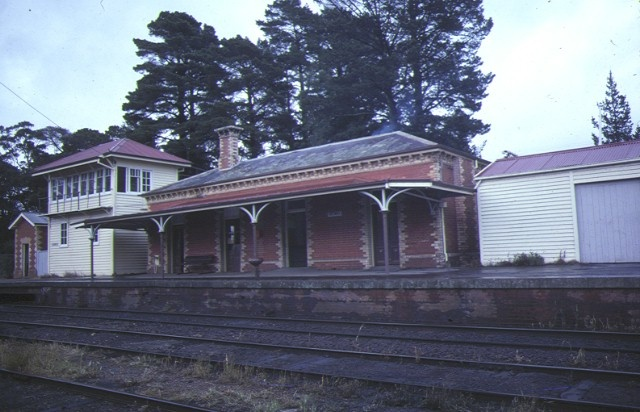 1 creswick railway complex trackside view sep1984