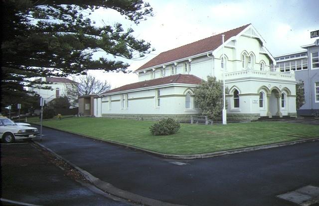 1 warrnambool court house gillies street warrnambool front view jan1983