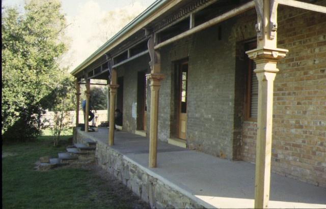 former castlemaine court house goldsmith crescent castlemaine verandah