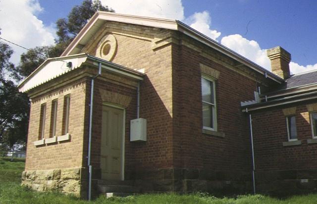 newstead court house canrobert street newstead front elevation sep 97