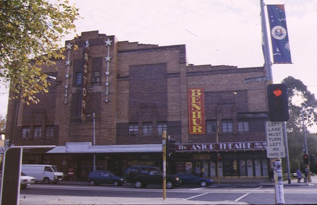 1 astor theatre st kilda front view jun1998