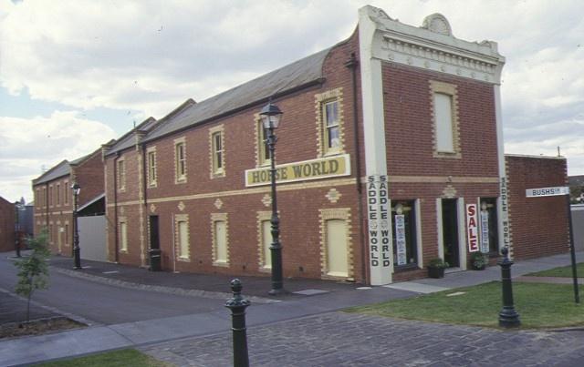 1 former bush's store bendigo shop front 1998
