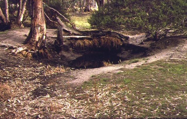 1 blind creek ochre mine & processing site kooyoora state park view jun1998