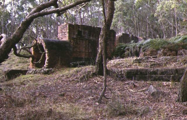 1 jubilee company quartz gold mine near newtown battery engine compressor apr1998