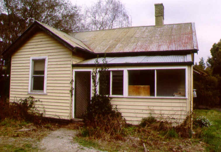 1 mackenzie cottage healesville aug 98