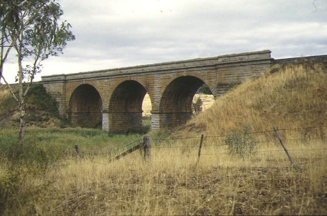 1 harcourt railway precinct harcourt side view apr1998