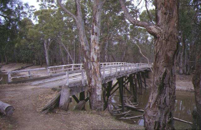 1 condidorios bridge koondrook