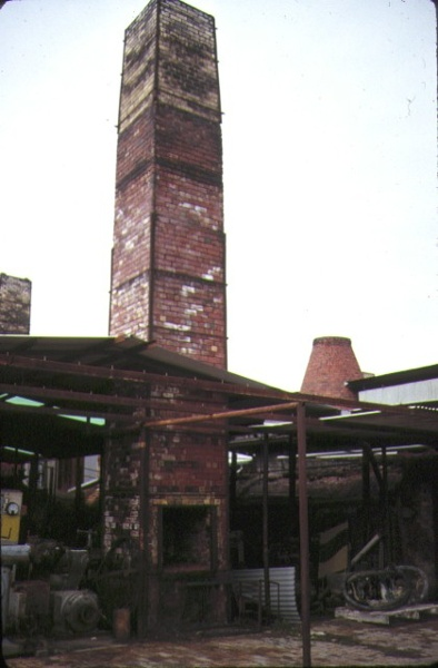 bendigo pottery epsom chimney aug1987